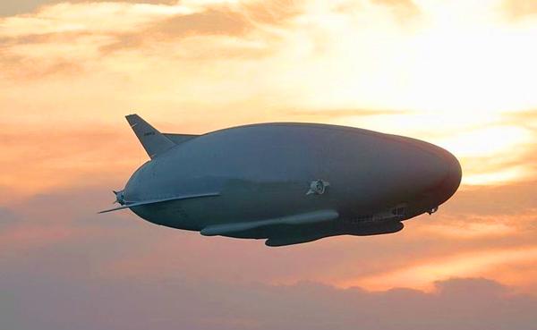 碳纤维飞艇