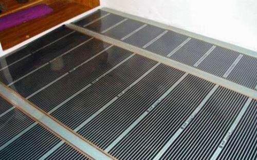 碳纤维地暖